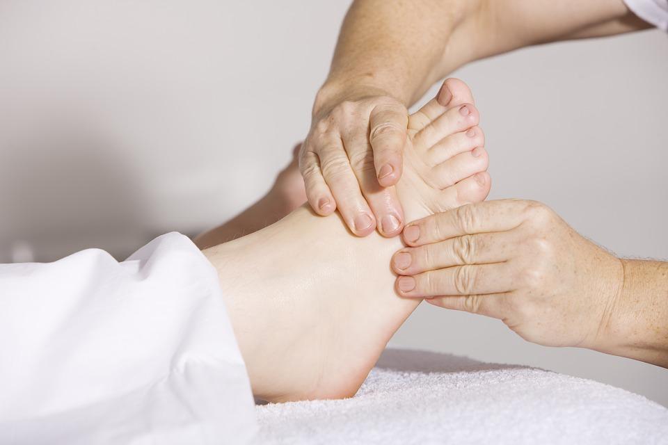 massage aux pieds